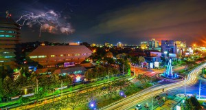 Night Photography at Jalan Pahlawan Semarang